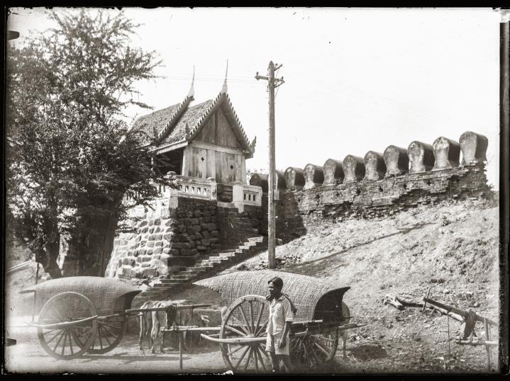 Chumphon Gate