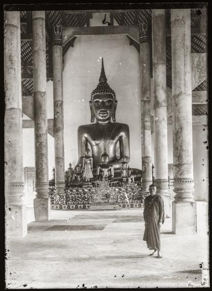 Inside the main wihan of Wat Phra Singh