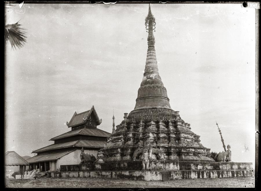 A view of Wat Mon Cham Sin